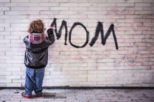 シングルマザーの母親としての姿が魅力